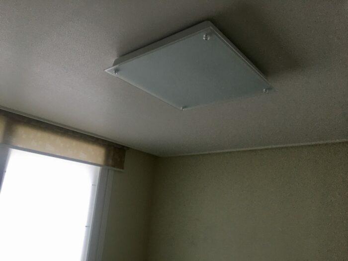 방에 LED등이 나가서 불이 안켜집니다.
